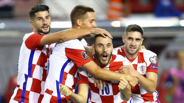 World Cup - UEFA Qualifiers - Group H - Croatia v Slovenia