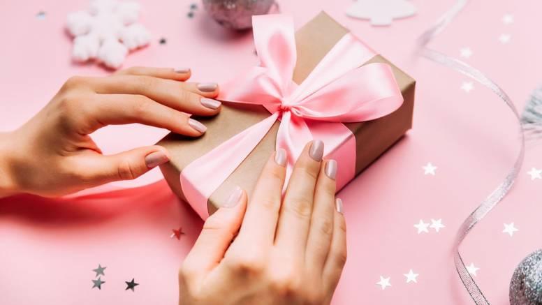 Nikad ne znate što uzeti za poklon prijateljima? Provjerite što im odgovara po horoskopu