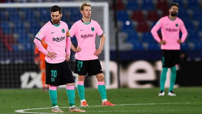 Levante zaustavio Barcelonu! Zabila tri gola, a uzela tek bod