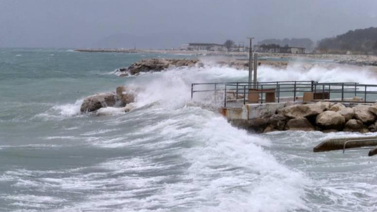 Na Hvaru pronašli dokaz da je Jadran pogodio veliki tsunami
