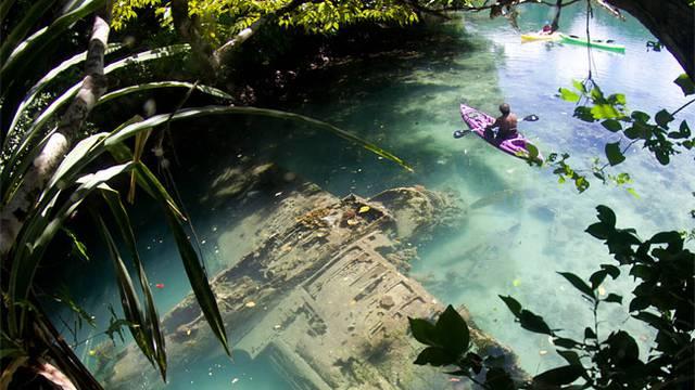 Pola stoljeća ga tražili: Na dnu rijeke otkrili srušeni zrakoplov