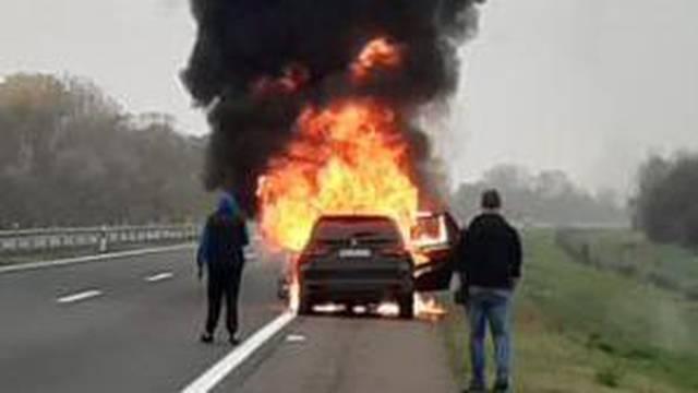 VIDEO Planuo BMW na autocesti