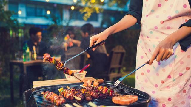 #ostani doma i roštiljaj uz sjajan Chill&Grill  Live program
