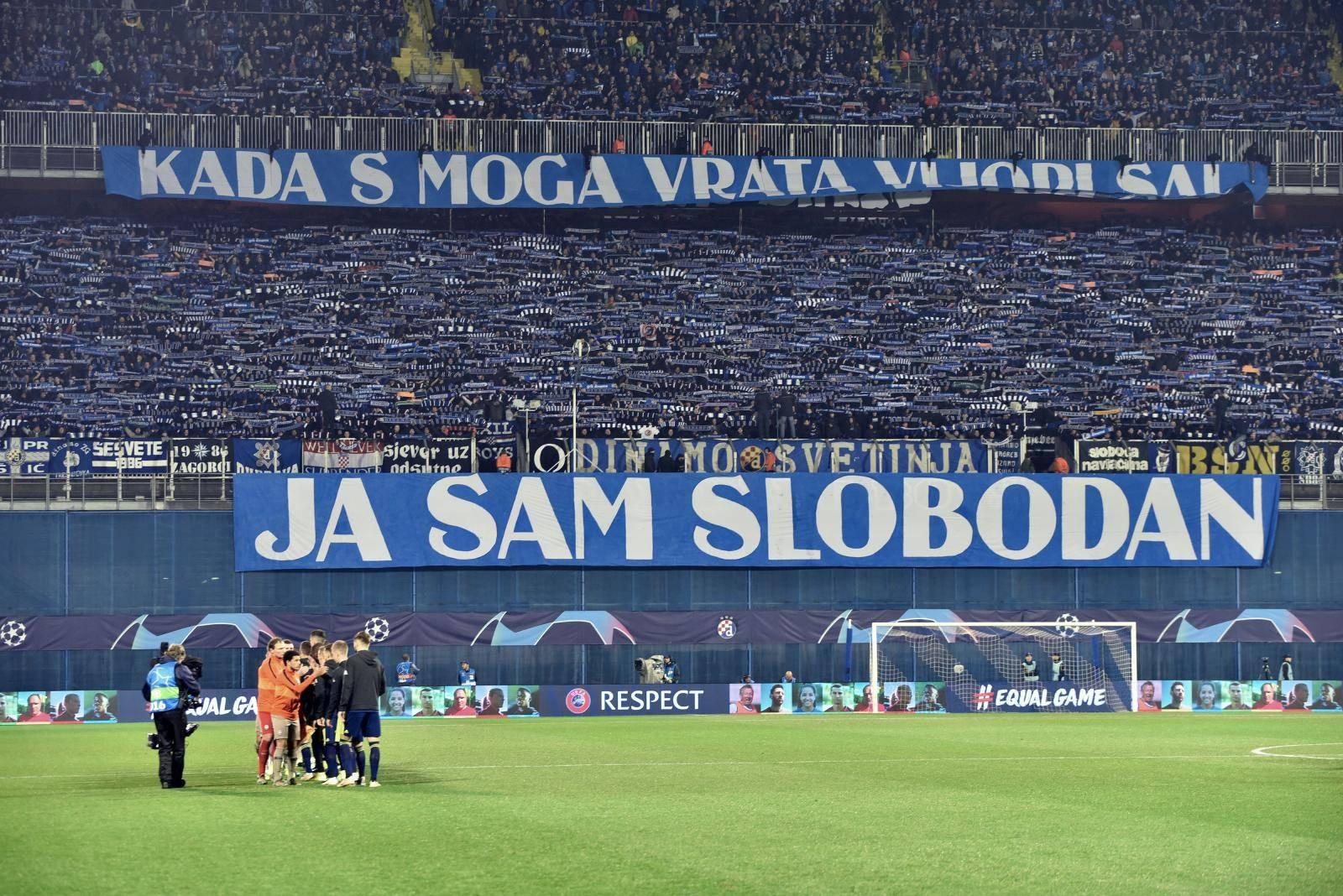Atmosfera na maksimirskom stadionu na utakmici Lige prvaka između Dinama i Šahtara