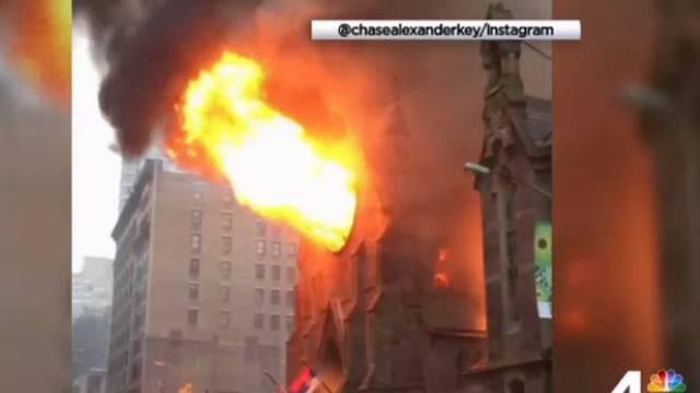 Požar u pravoslavnoj katedrali: Gasilo ga čak 170 vatrogasaca