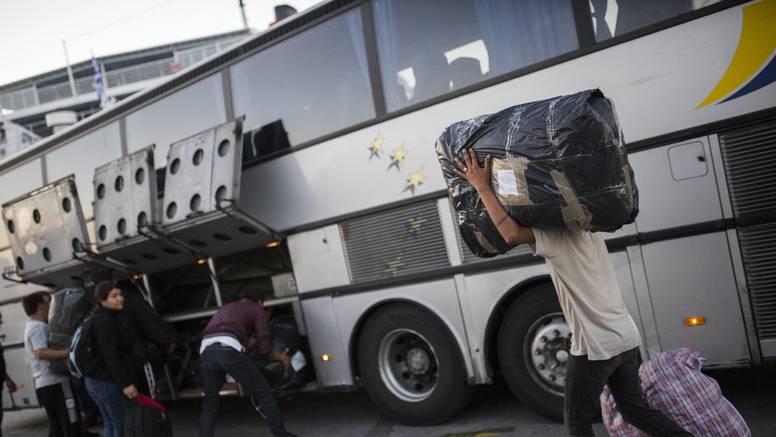 Svi su preživjeli: U kamionu u Grčkoj pronašli su 41 migranta