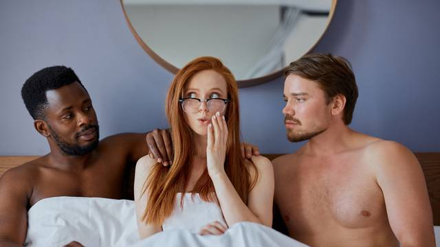 Bila sam u trojcu s dečkom i njegovim prijateljem, ne znam kako ću se vratiti običnom seksu