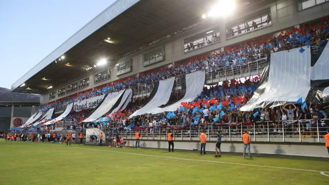 Nezadovoljni Carrillo: Veliki je hendikep bez navijača u Splitu