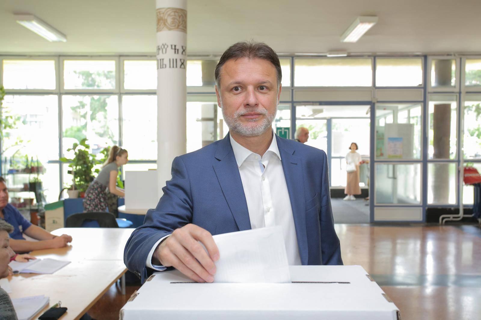 Zagreb: Gordan Jandroković glasovao za izbor članova u Europski parlament