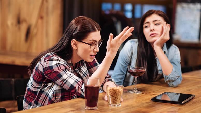 Prijatelji vas doživljavaju kao terapeuta? Kako reći 'dosta je'