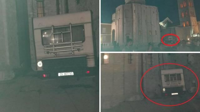 Kampiranje pod Donatom: Kraj crkve su parkirali kamperom