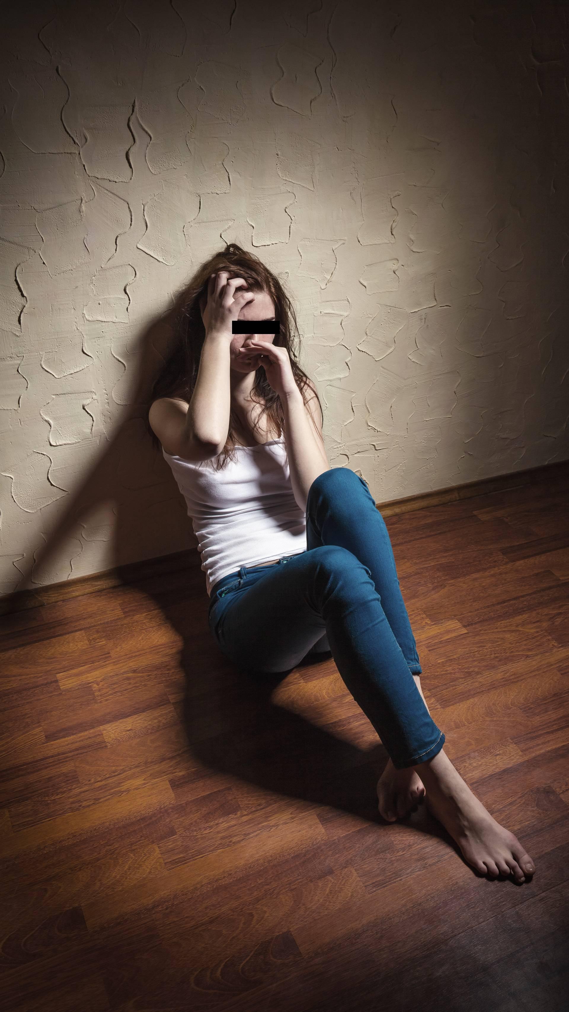 Recepcioner odveo Britanku u disko pa je pokušao silovati
