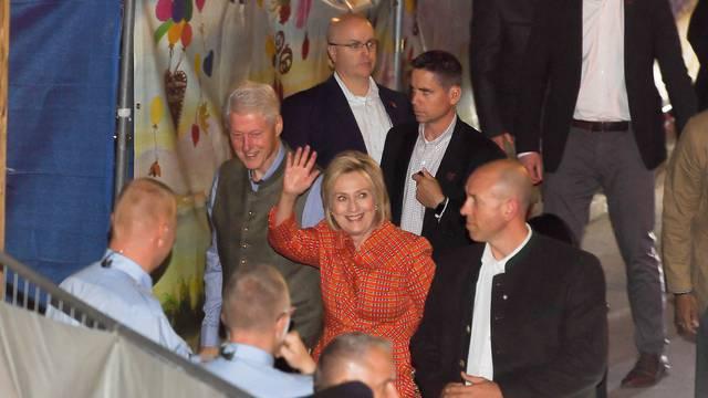 Oktoberfest 2018 - Bill and Hillary Clinton