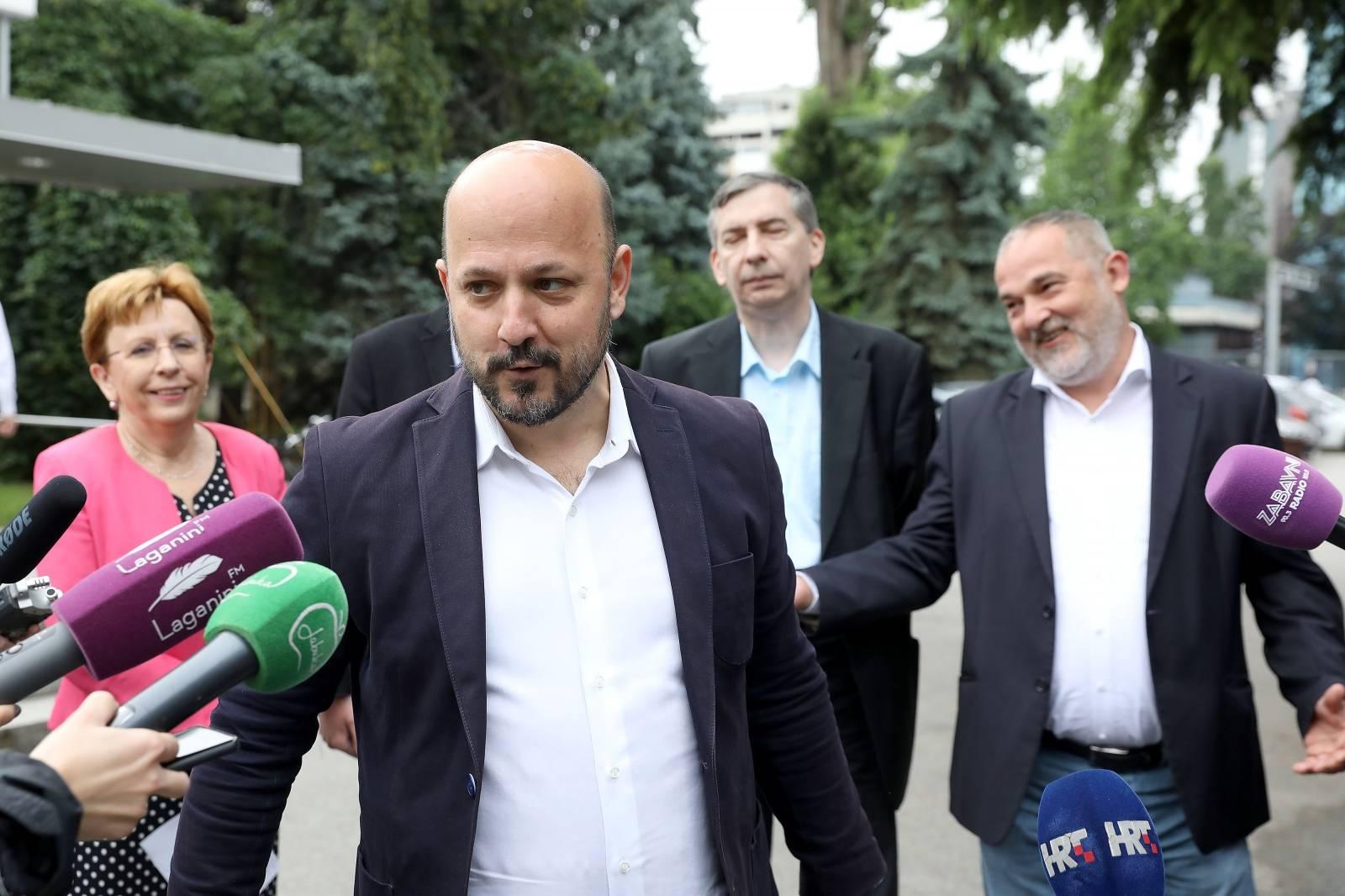 Zagreb: Gordan Maras se obratio medijima prije sjednice Gradske skupštine