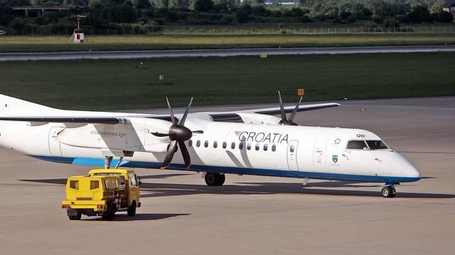 Avionu C. Airlinesa nije se htio spustiti kotač: 'Bilo je strašno'