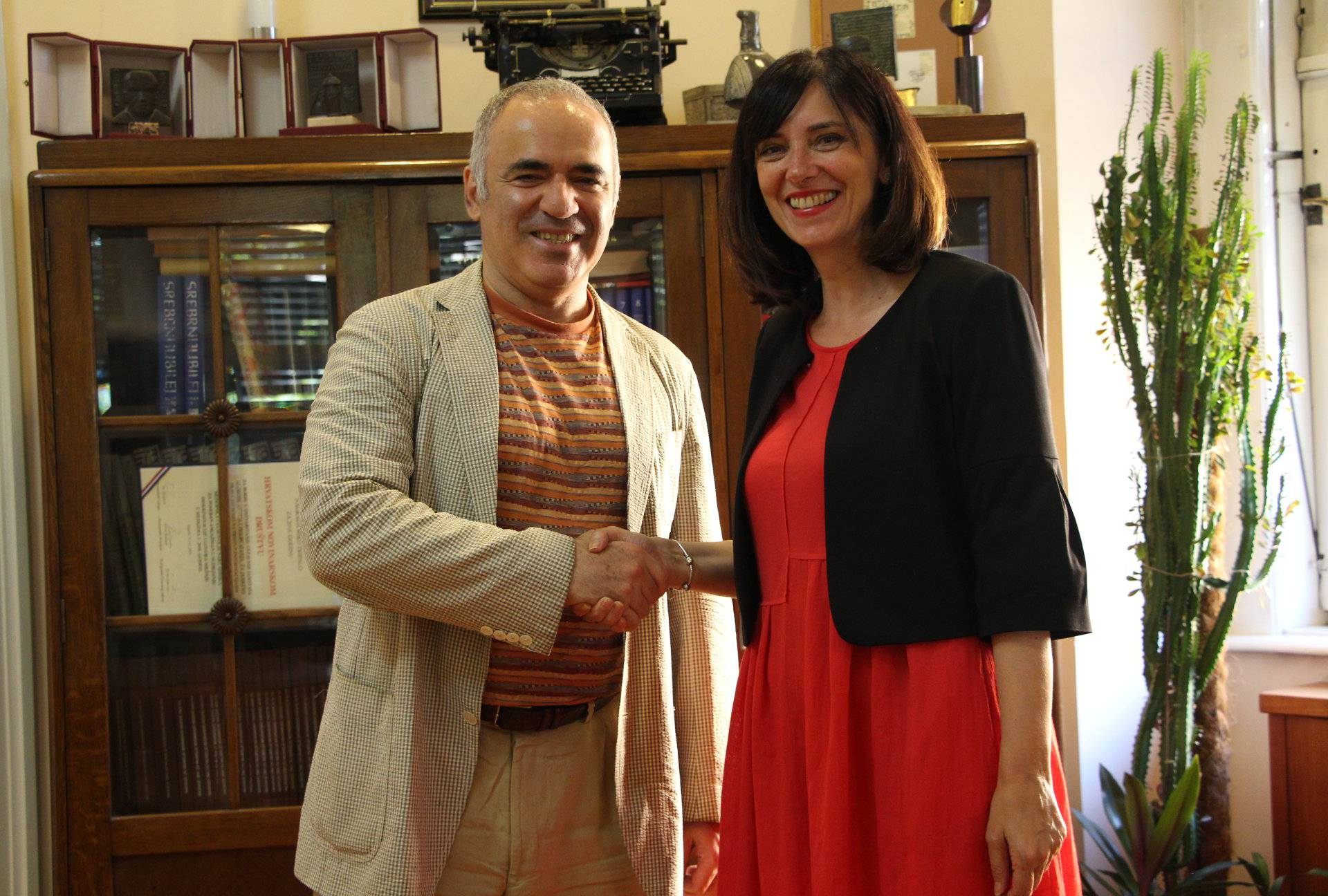 Osmislit će program: Kasparov će surađivati na 'Školi za život'