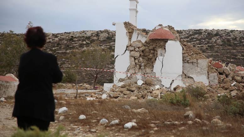 FOTO Potres sravnio crkvu na Kreti: 'Opet ćemo je izgraditi'