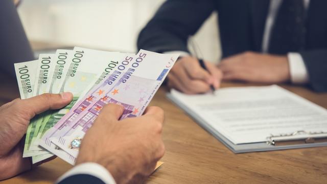 Njemački milijunaši uoči izbora prebacuju imovinu u Švicarsku