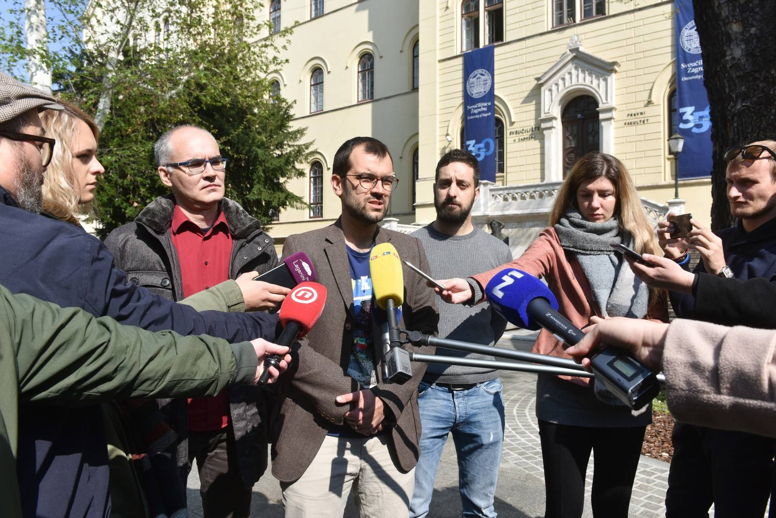 Zagreb: Konferencija inicijatora otvorenog pisma protiv dodjele počasnog doktorata Bandiću
