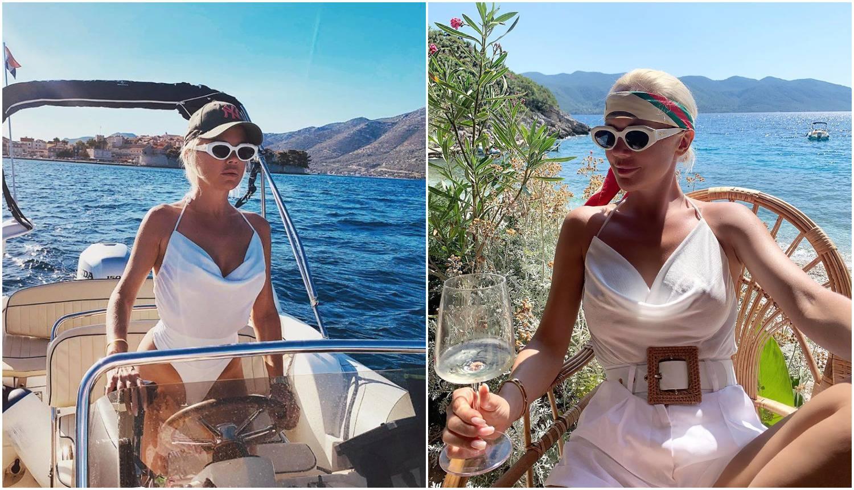 Šuput uživa u Dalmaciji: Vjetar je uzbudio njezine bradavice...