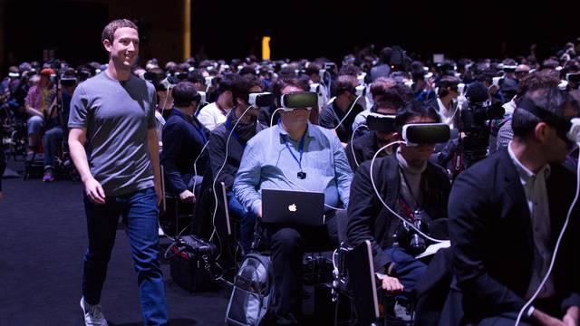 Zuckerberg odlučio raspršiti mit oko orvelovske fotografije