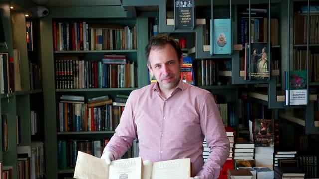 Vlasnik Daniel: Trudim se naći najstarije primjerke naših djela