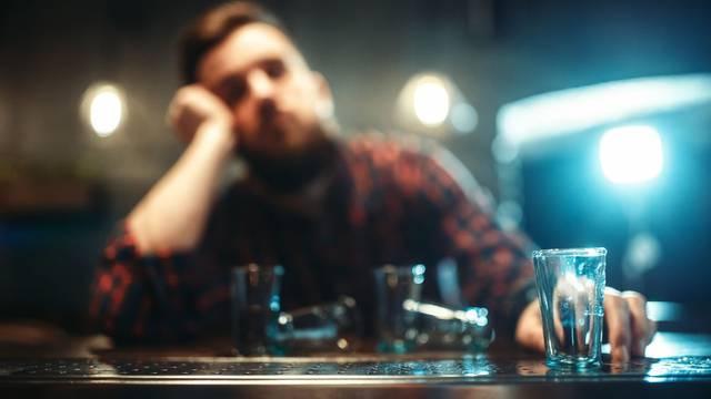 Lega s 5.5 promila: Osječanin se vratio iz Irske i popio sve! Kršio je i propisanu samoizolaciju