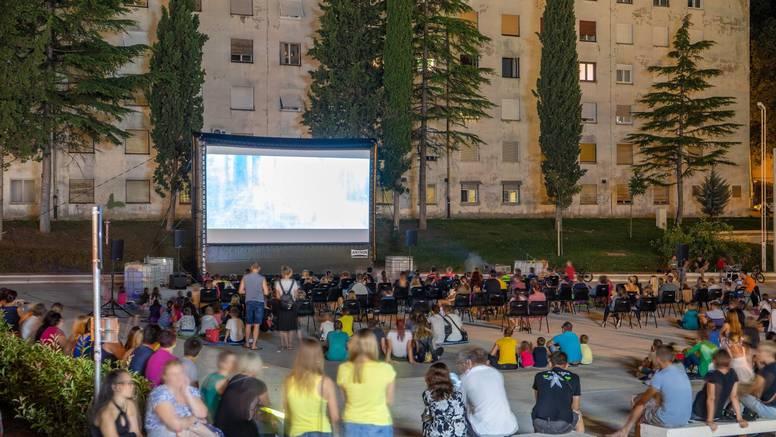 Otvara se prvo inkluzivno kino za gluhe na otvorenom u Rijeci
