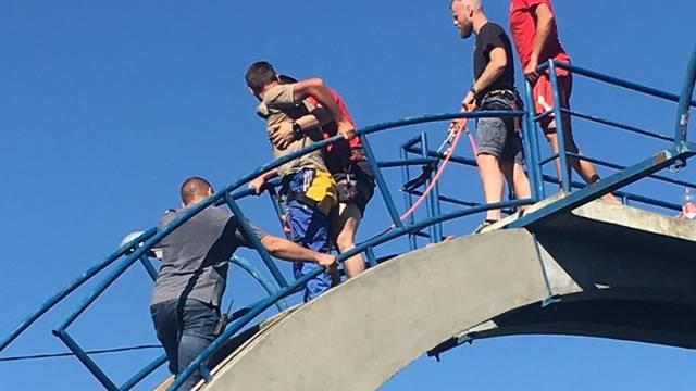 Napio se i popeo na skakaonicu u Karlovcu: HGSS ga je spustio