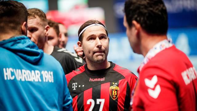 Čupko a la Ivano: Moliš ih da igraju?! Neka idu u svlačionicu!