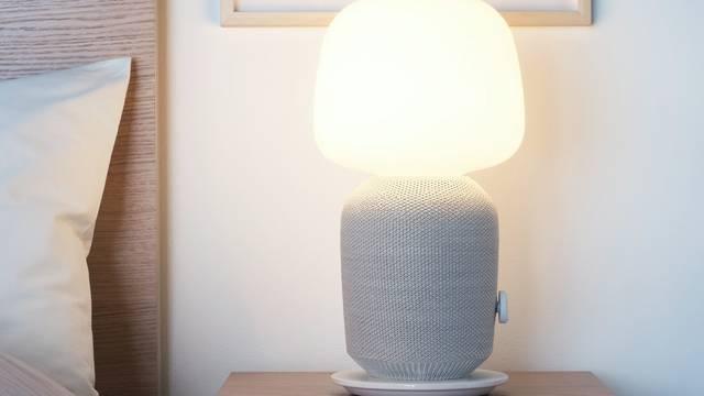 Ikea i Sonos pretvorili svjetiljku i  police u raspjevani namještaj
