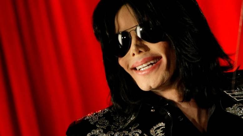 Stiže biografski film o Michaelu Jacksonu, bez spornih optužbi