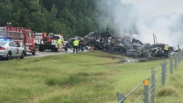 Tragedija u Alabami: U sudaru 18 vozila poginulo je 9 djece