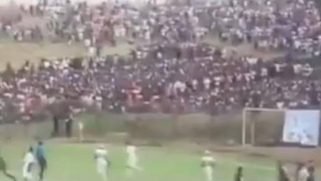 Tragedija na utakmici u Angoli: U stampedu 17 mrtvih navijača