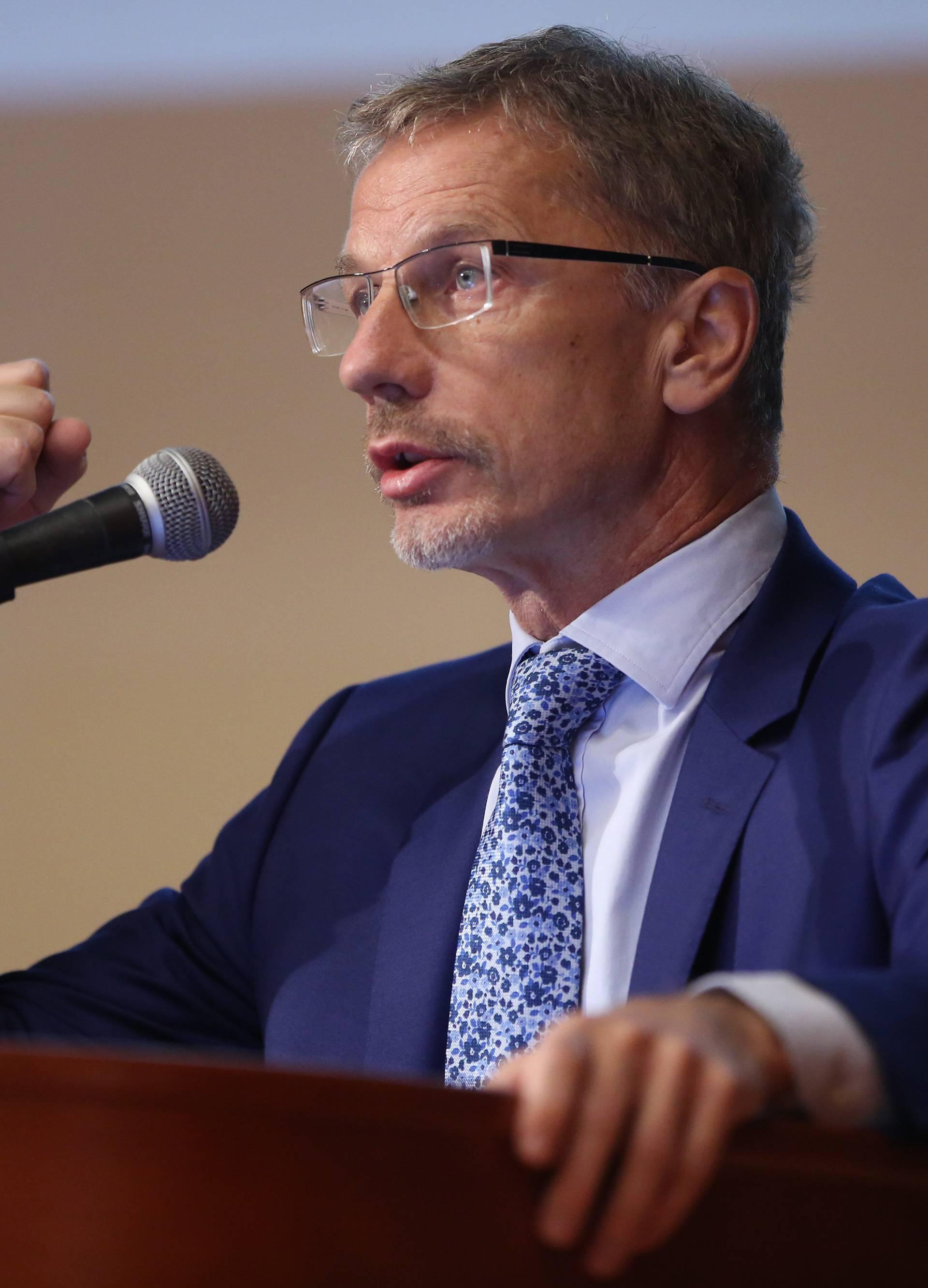 Opatija: U hotelu Adriatic počelo 26. savjetovanje Hrvatskog društva ekonomista