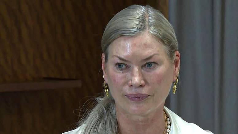 Bivša manekenka otkrila je šokantne detalje zlostavljanja i optužila vlasnika elitne agencije