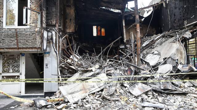 Stotine banaka i vladinih ureda zapaljeno u nemirima u Iranu