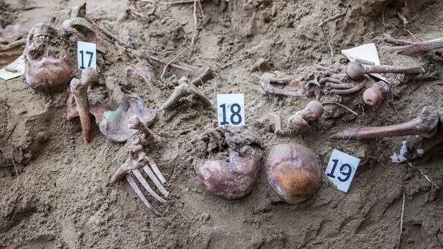 Ekshumirani posmrtni ostatci najmanje 130 žrtava u Brdovcu