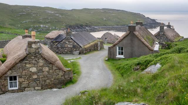 Selo u Škotskoj izgleda kao da je u njemu vrijeme davno stalo