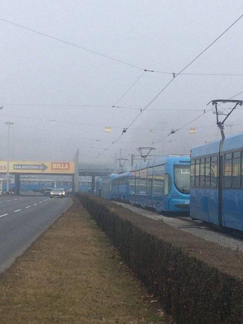 Video: Prometni kolaps zbog kvara na tramvaju u Zagrebu