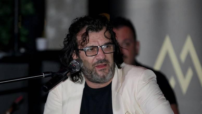 'Ljudi su ostali bez posla zbog korone, a glazbenici besramno uzimaju po 800 eura od države'