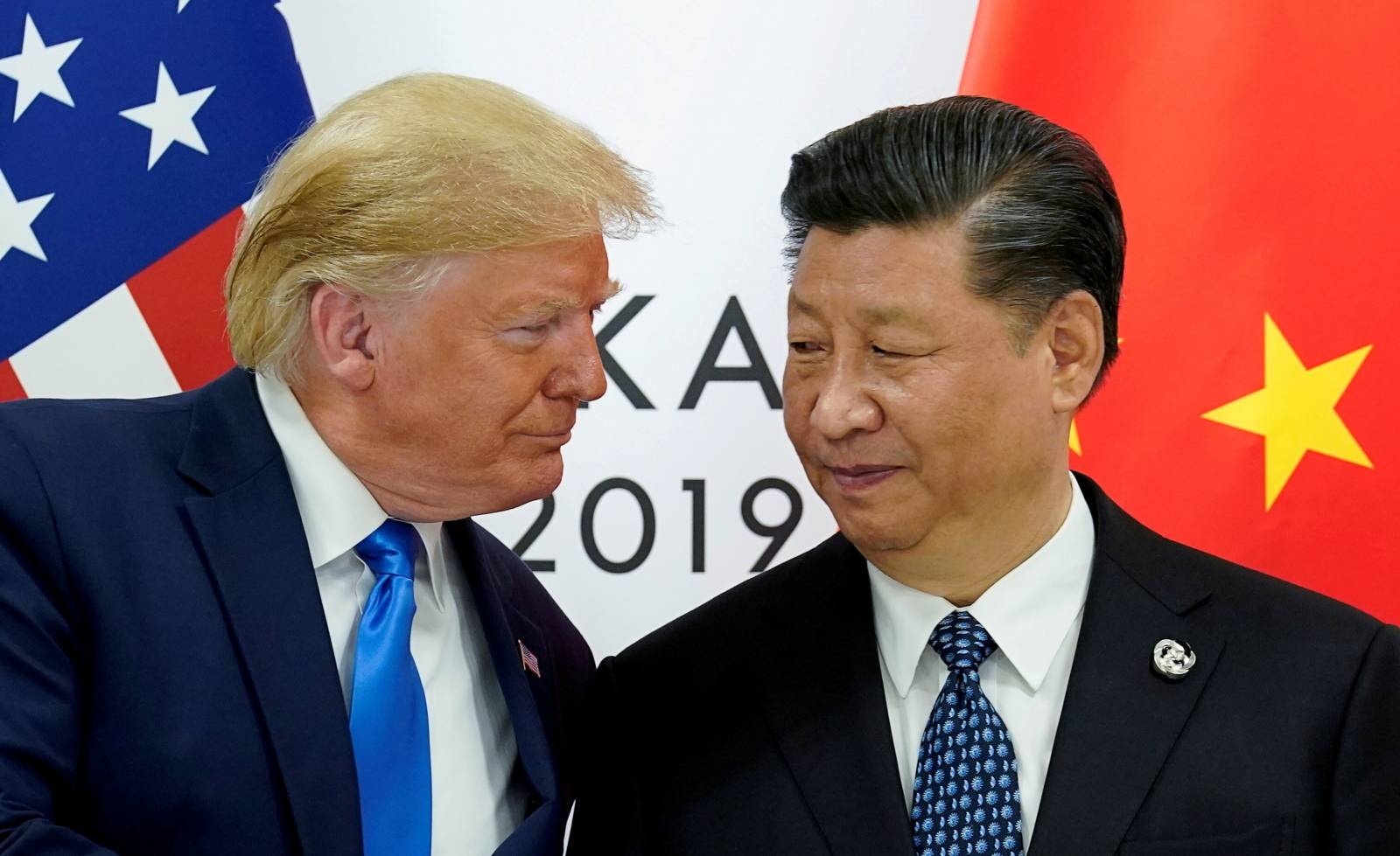 FILE PHOTO: FILE PHOTO: Trump meets Xi at the G20 leaders summit in Osaka, Japan