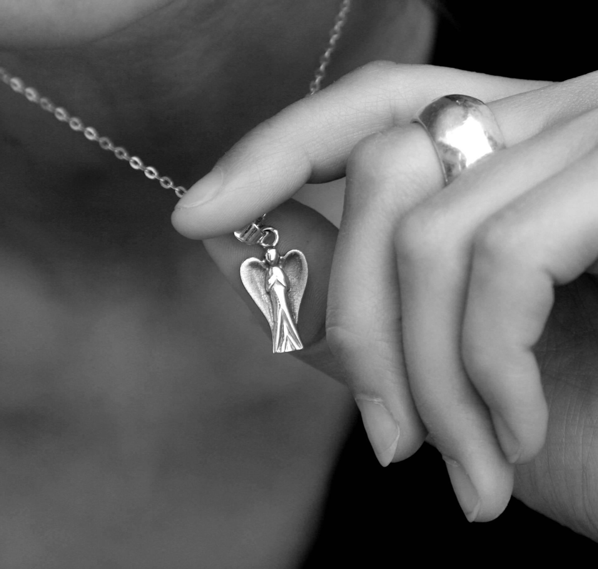 11 znakova da ste se povezali s anđelima i da su pokraj vas