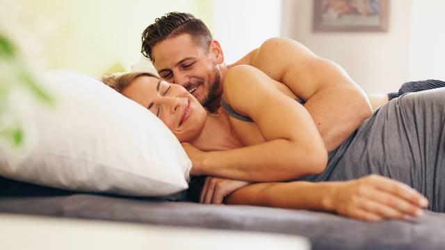 Krevet je leglo grinja, fekalija i vaginalnog sekreta - pripazite
