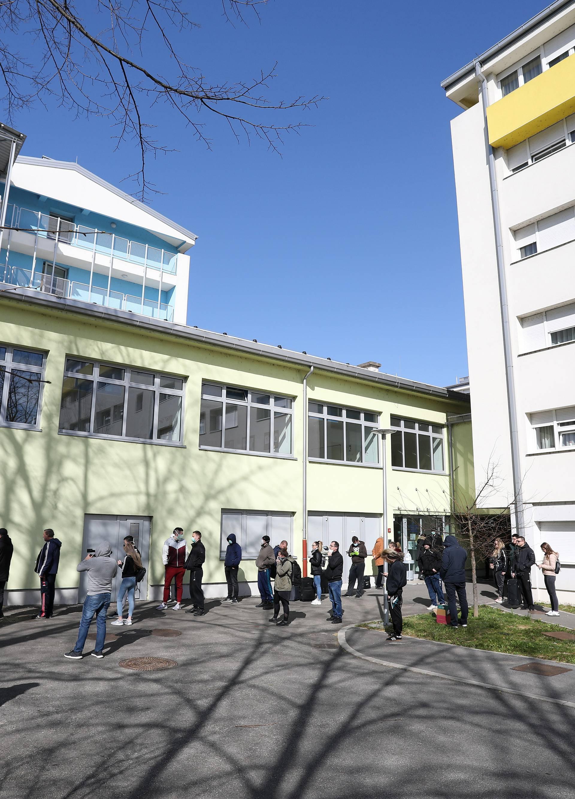 Nakon potresa: Stotinjak ljudi prenoćit će u domu 'Cvjetno'