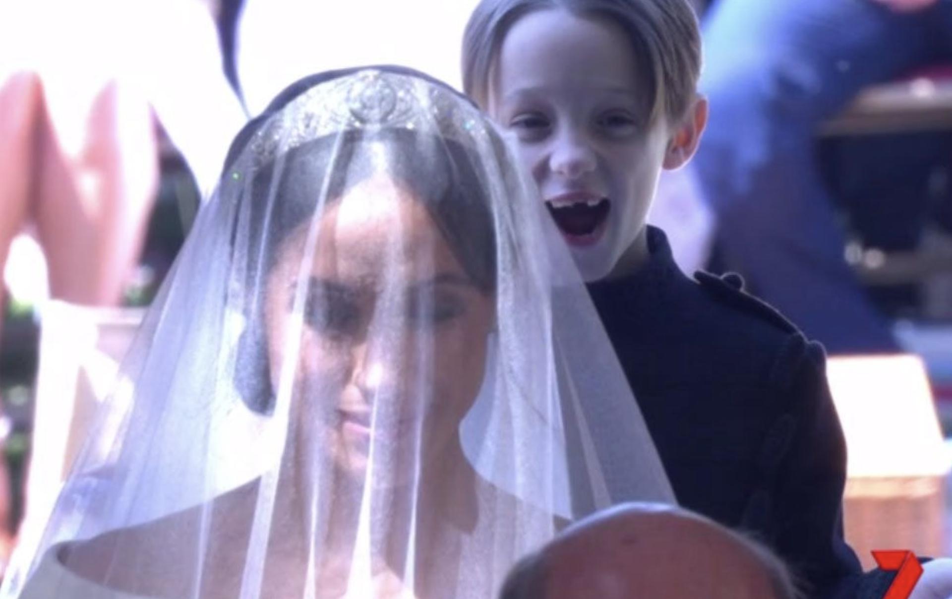 Postao viralni hit: Oduševljeni dječak smijao se iza Meghan