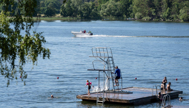 Vrući početak ljeta u Švedskoj, kupaju se i sunčaju više nego mi