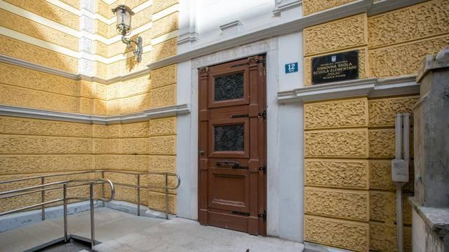 Rijeka: Zgrada OŠ Scuola elementare Dolac