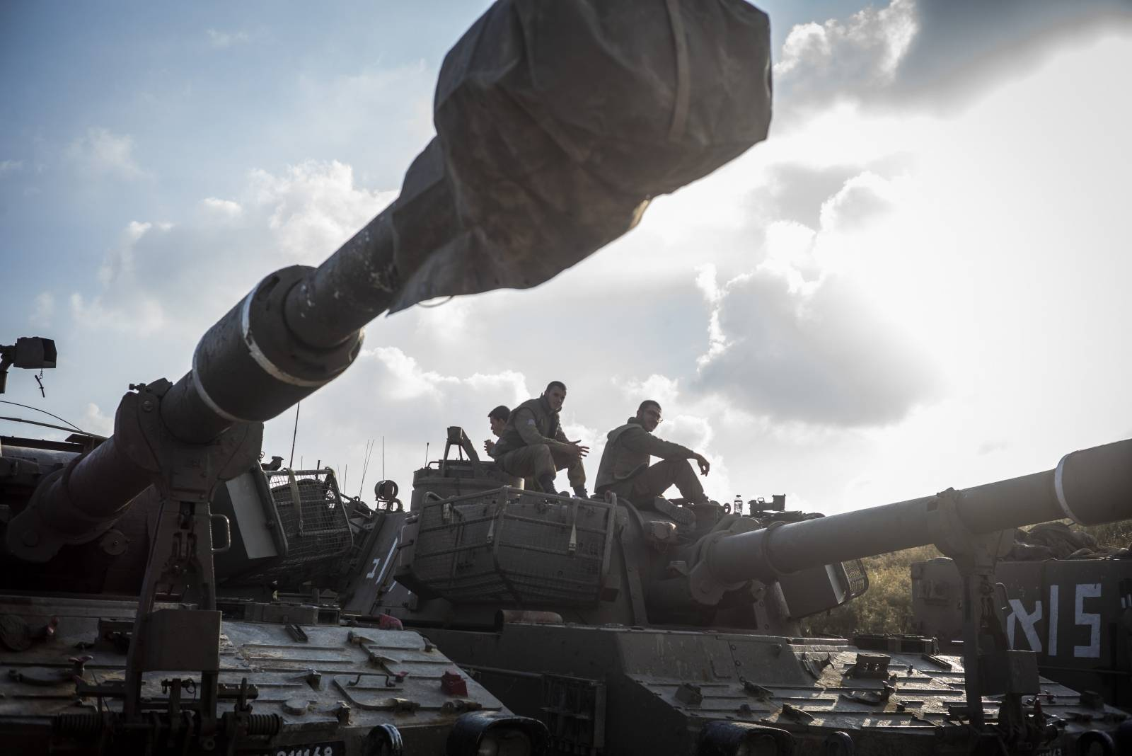 Israeli army deploys along Gaza border