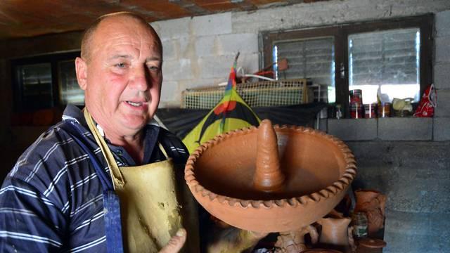 Traži nasljednika: Ivo Serdar je posljednji lončar u Slavoniji
